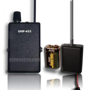 UHF VOX8 voice activated and UHF receiver set